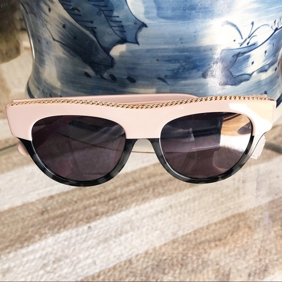 8c009e2ff0d0 Stella McCartney D Frame chain sunglasses